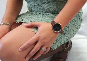 Noblag Luxury Minimalist Watch For Women Brown Leather Strap Black Dial 36mm